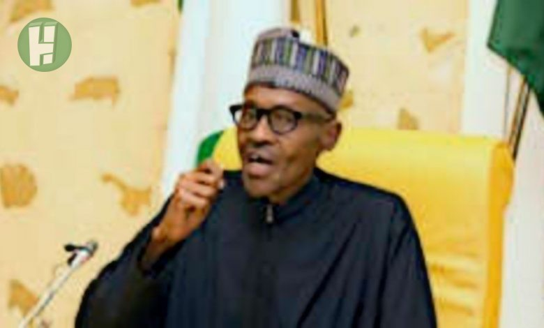 Photo of Photos of one man being beaten for insulting President Baba Buhari