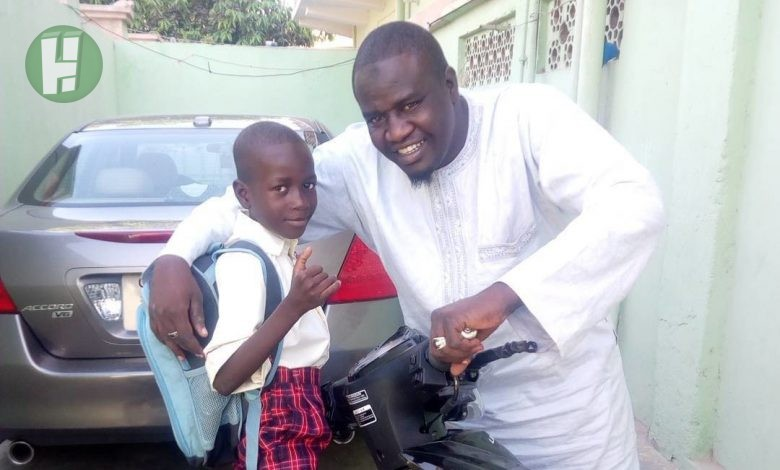 Photo of Kannywood  veteran comedian, Musa Maisana'a and his lovely children