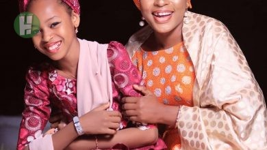 Photo of Photos: Mother Mansura poses with her adorable daughter Iman